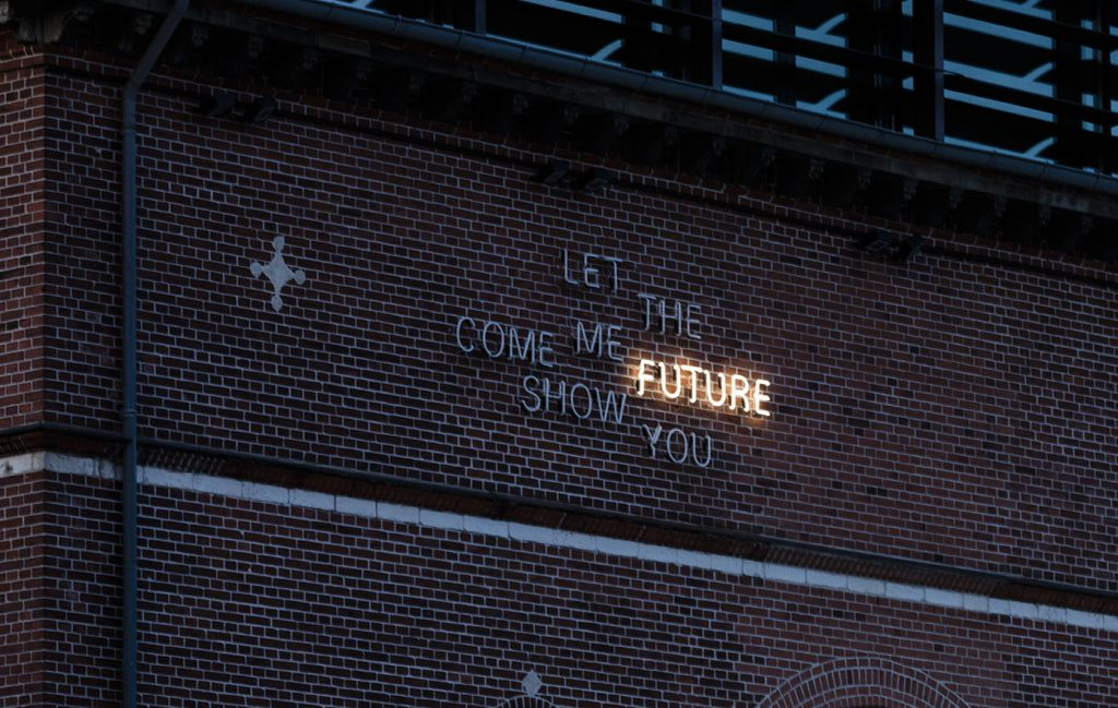 come-the-future2